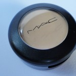 REVIEW: STUDIO FINISH CONCEALER NC20, M.A.C.